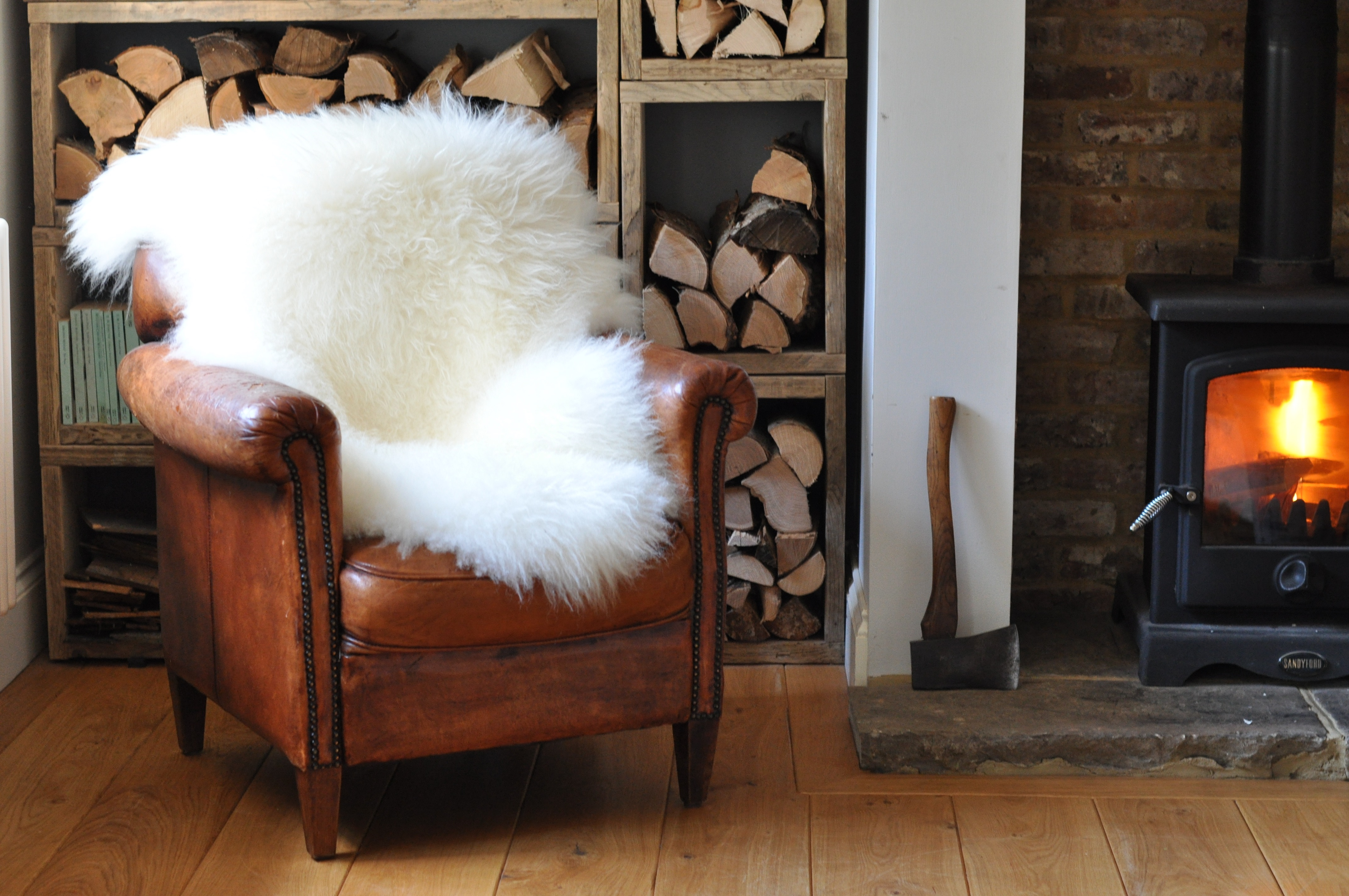 Homebarn Leather Chair Storage and Icelandic Rugs