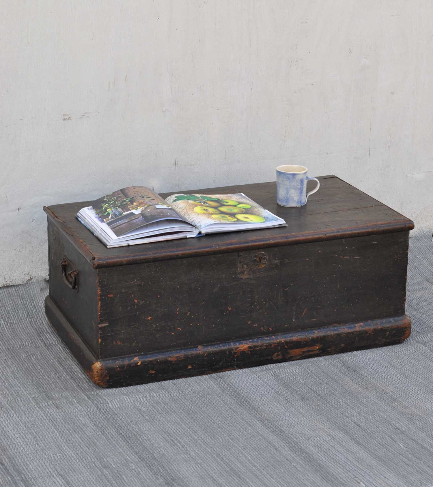 Antique Black Small Pine Blanket Box Linen Chest Coffee Table Home Barn Vintage