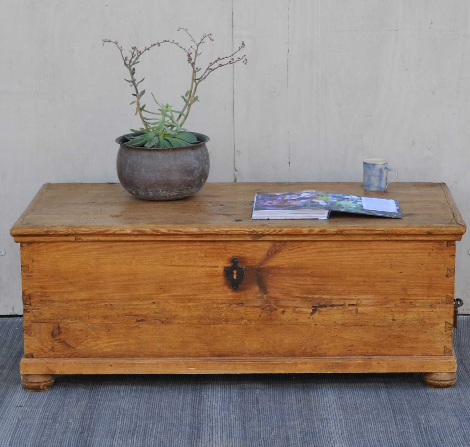 Antique Pine Blanket Box Linen Chest Coffee Table Home Barn Vintage