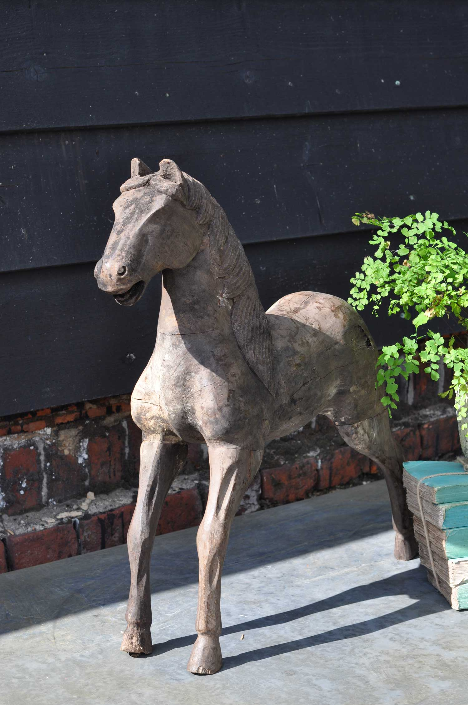 Large antique hand carved timber standing horse maquette for Maquette stand