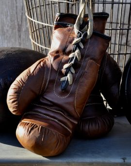 uthentic Leather Vintage Style Boxing Gloves