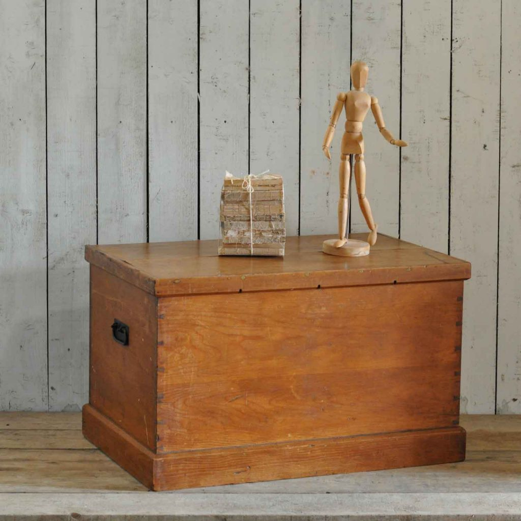 Pine Coffee Table Trunk: Antique Pine Blanket Box Chest Trunk Coffee Table
