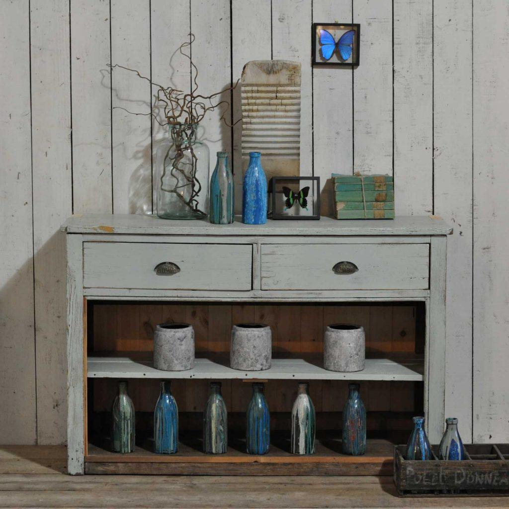 Vintage Kitchen Open Shelves Stellar