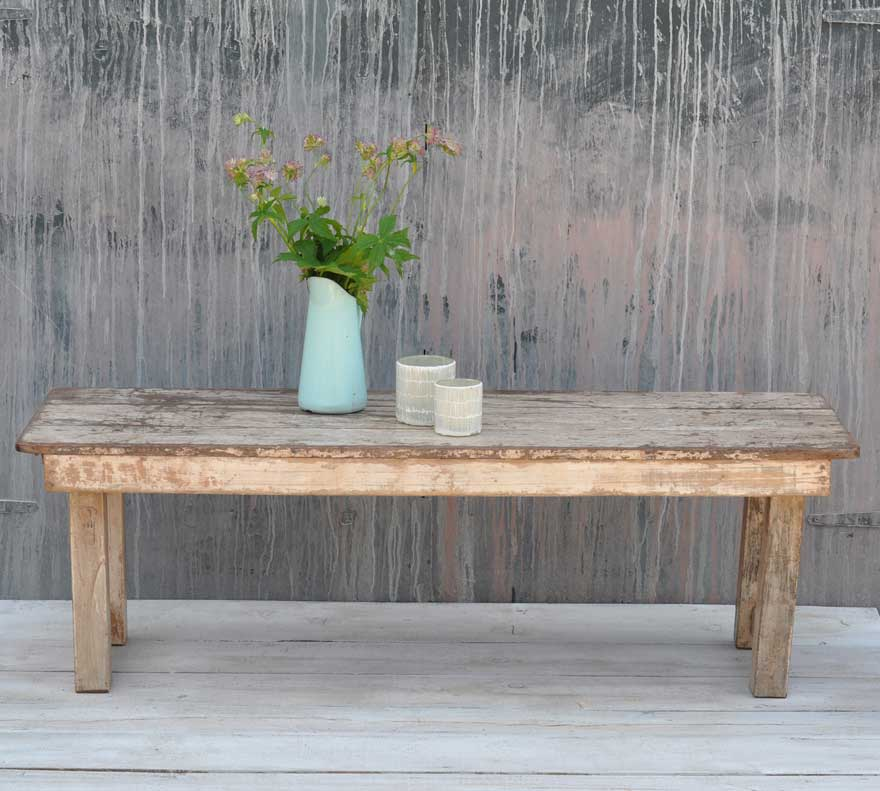rustic vintage folding coffee table with white paintwork home barn vintage. Black Bedroom Furniture Sets. Home Design Ideas