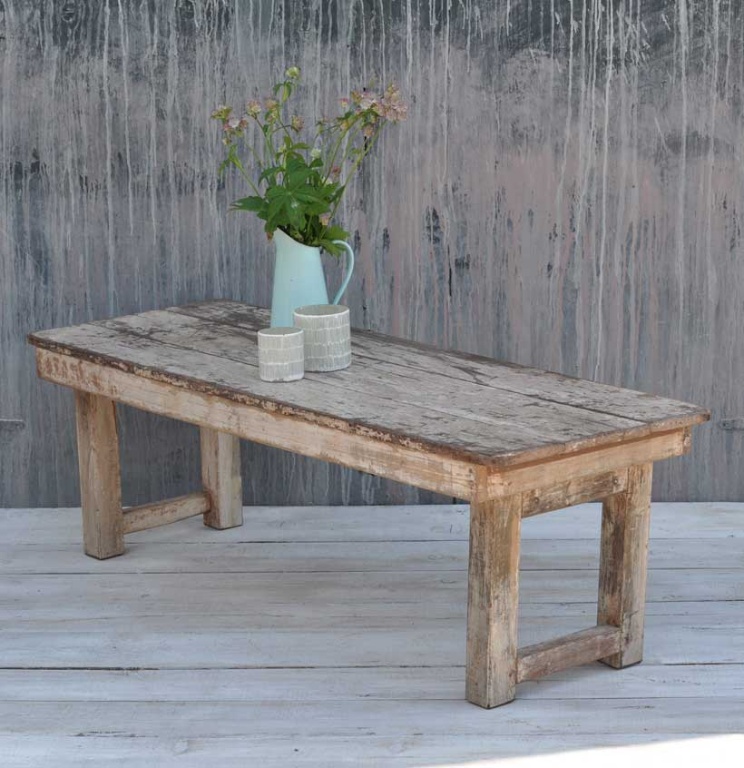 35 Rustic Industrial Round Barn Coffee Table: Rustic Vintage Folding Coffee Table With White Paintwork