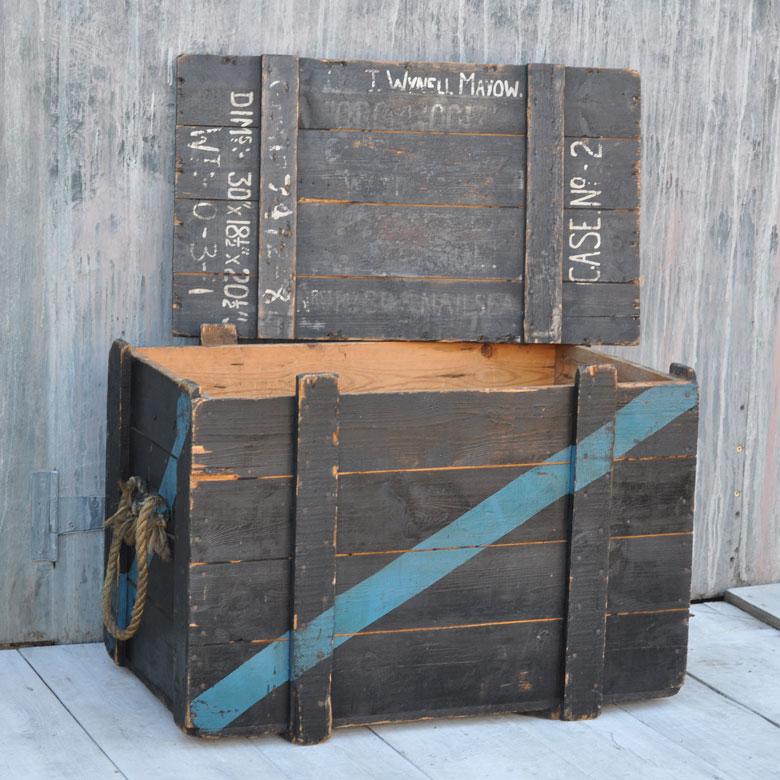 Vintage Military Wooden Trunk Home Barn Vintage