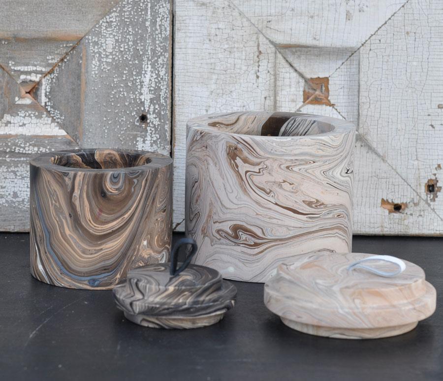 artisan marbled wooden round pot