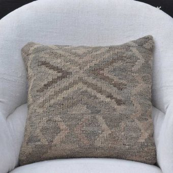 Traditional Kilim Cushion Omar
