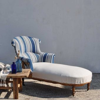 antique French chaise longue