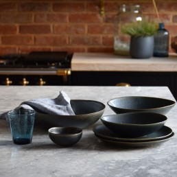 Black tableware collection