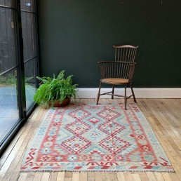 sustainable hand woven Kilim rug from Home Barn made from wool hand-dyed using natural organic dyes