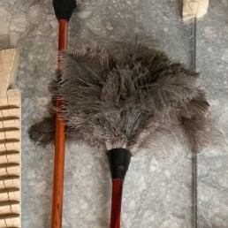 Ostrich feather duster   large