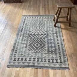 Handwoven Kilim rug | Isla 154 x 102cm