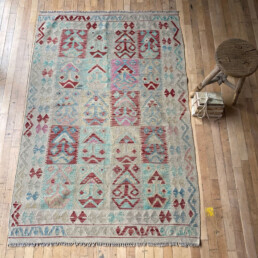Handwoven Kilim rug | Betty 186 x 124 cm