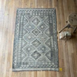 Handwoven Kilim rug | Victoria 148 x 102cm