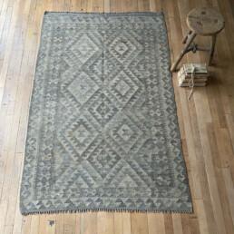 Handwoven Kilim rug | William 184 x 123cm