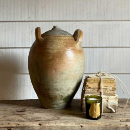 Antique French terracotta pot | Huilier