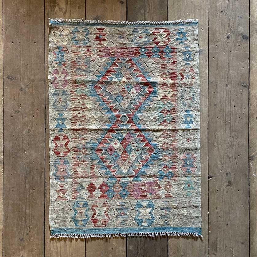 Handwoven Kilim rug | Ginny 113 x 81 cm
