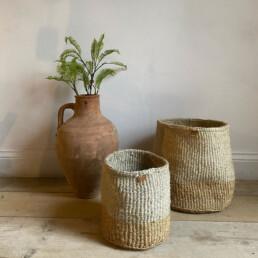 Hand woven neutral basket | Medium