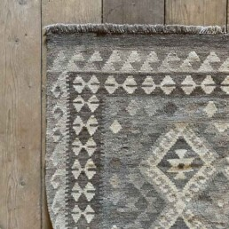 Handwoven Kilim rug | Hannah 179 x 131 cm