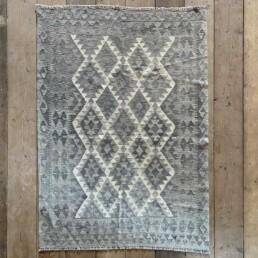 Handwoven Kilim rug | Helene 176 x 127