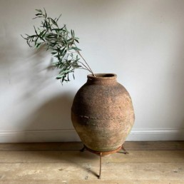 Vintage Urn and Stand | Logan