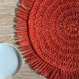 Round Placemat Fringed Coral