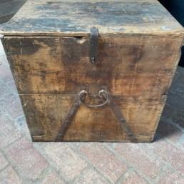 Antique Trunk 18th Century   Hector