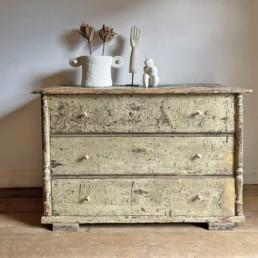 Antique Crackled Chest of Drawers | Reginald