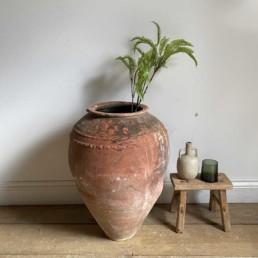 Antique Mediterranean Urn | Aelwyn
